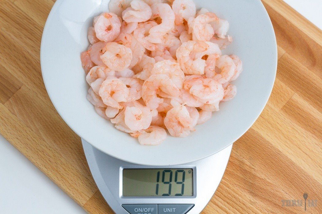 199 grams of shrimp on a scale
