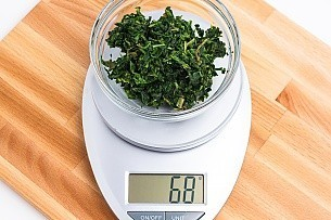 68 grams of thawed chopped spinach