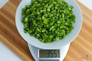 355 grams of diced green bell pepper