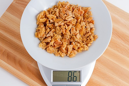 86 grams of dehydrated canned chicken
